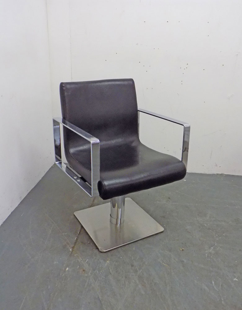Used Salon Styling Chair - BB49A