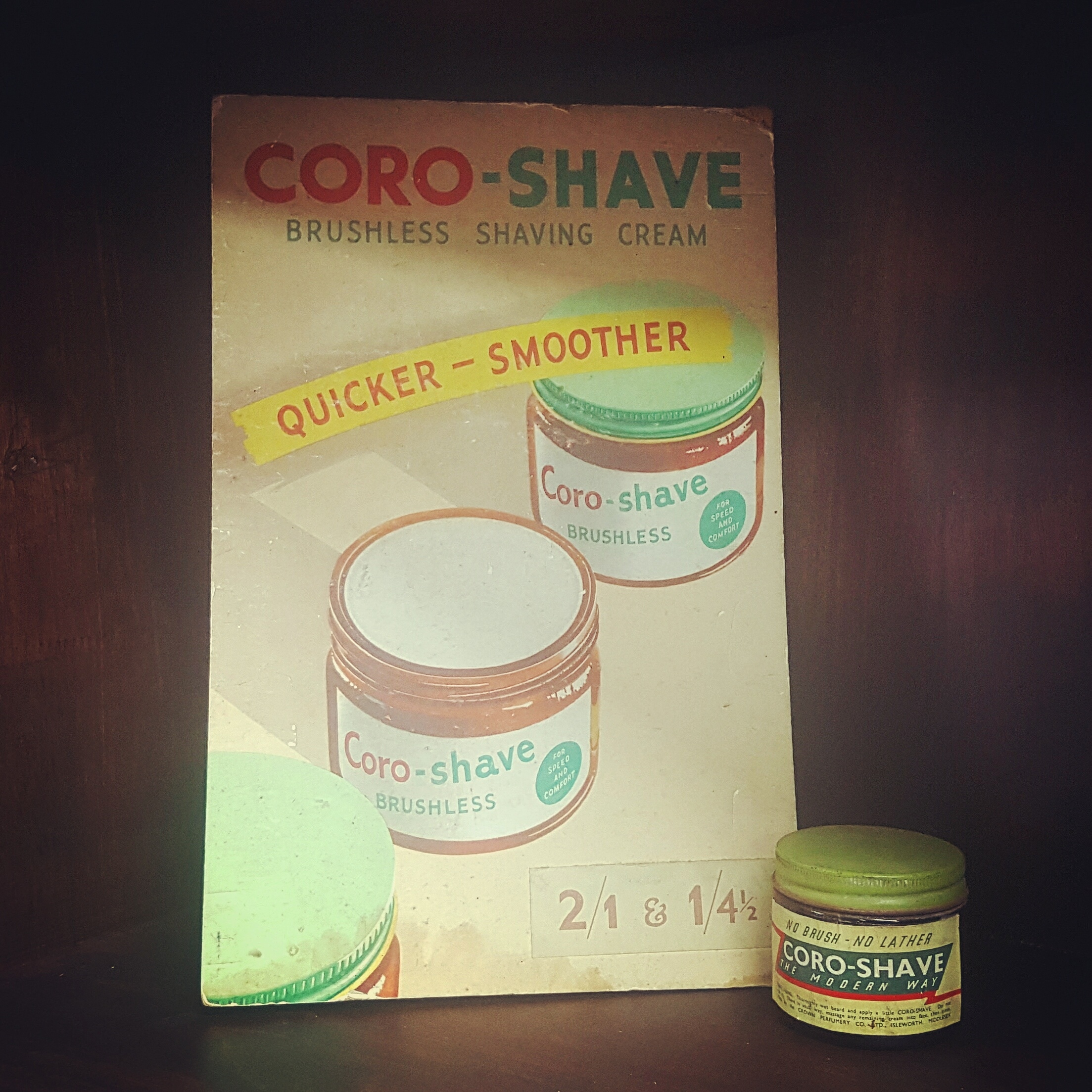 VIN83O 1952's Coro-Shave Display Card