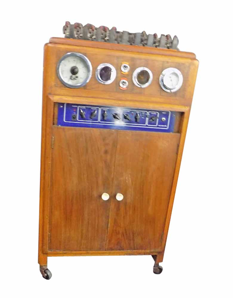 Vintage 1940's Permanent Wave Machine With Amp For Music VIN130A
