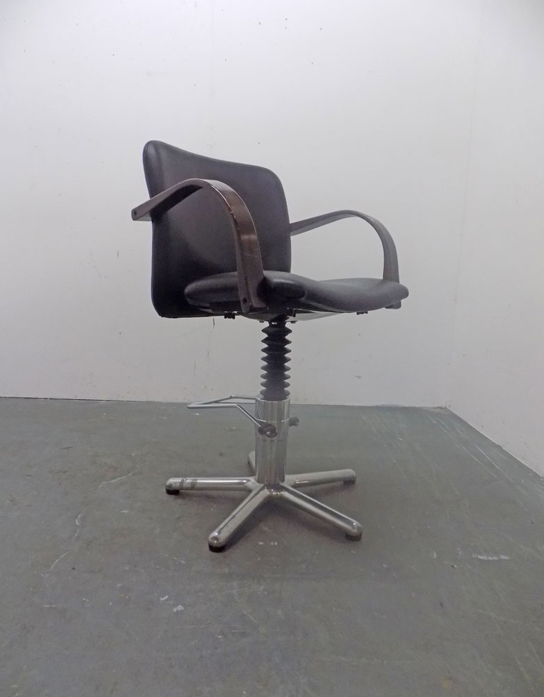 Used Salon Styling Chair - BC13B