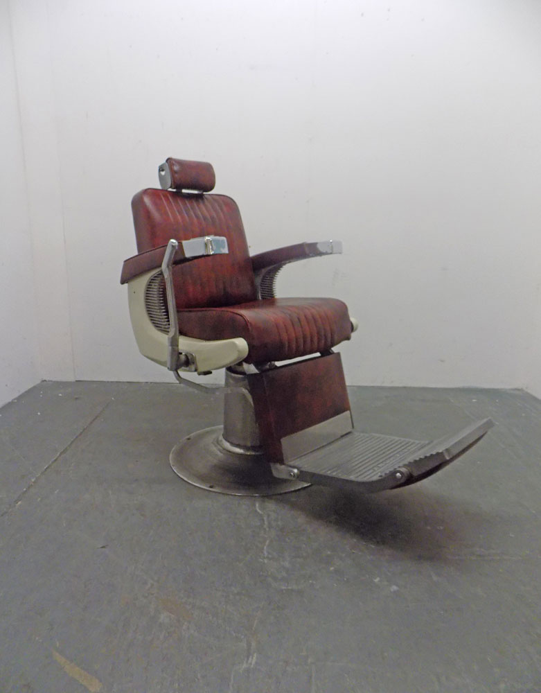 Used Classic Barber Chair by Takara Belmont - BB23A