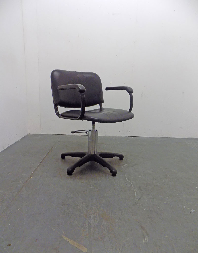 Used Salon Styling Chair - BC19A