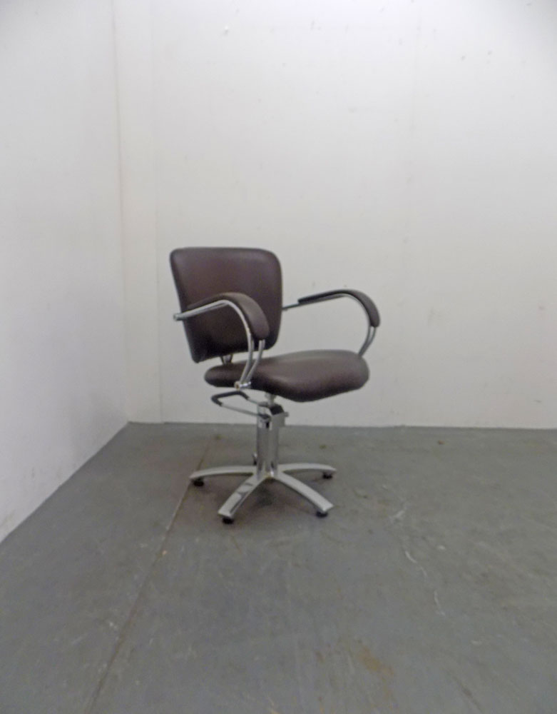Used Salon Styling Chair - BC92B