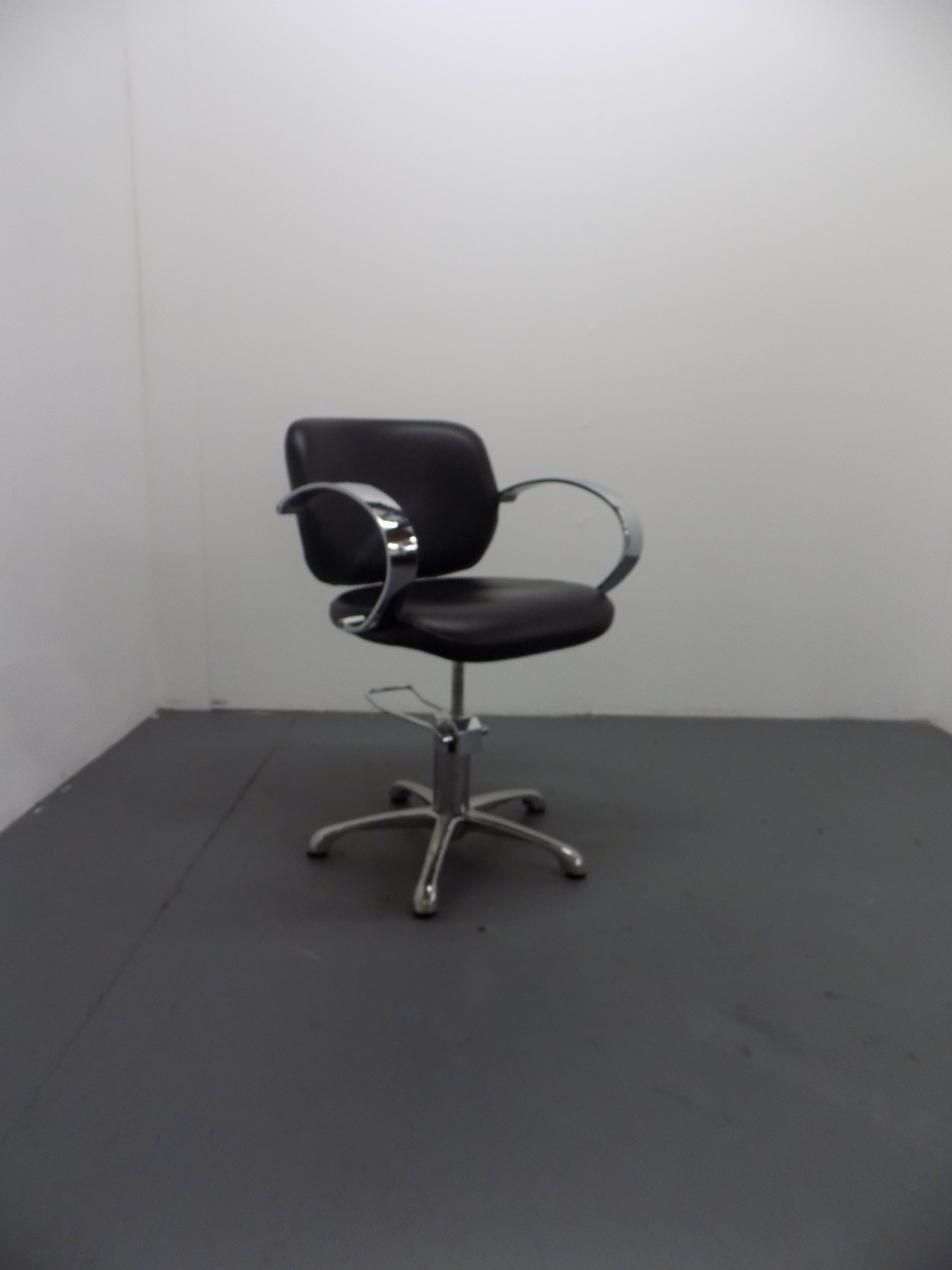 Used Salon Styling Chair - BD02B
