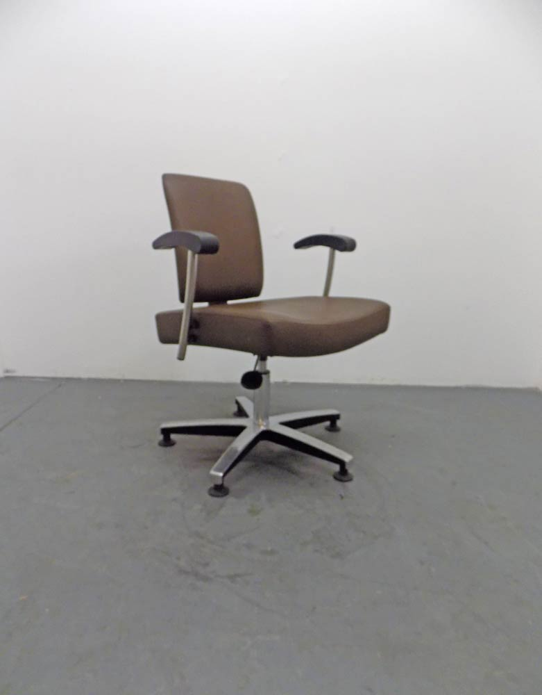 Used Salon Styling Chair - BD32A