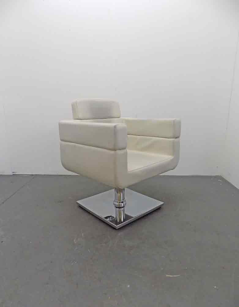 Used Salon Styling Chair - BD76B