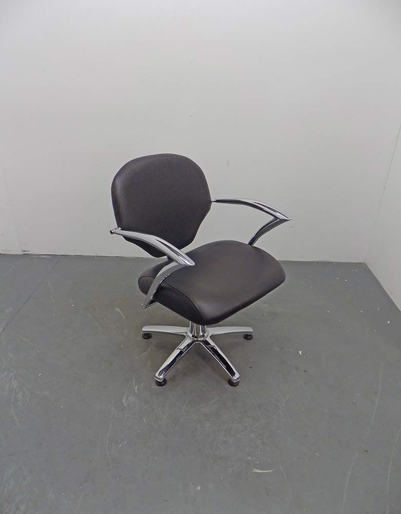 Used Salon Styling Chair - BD73B