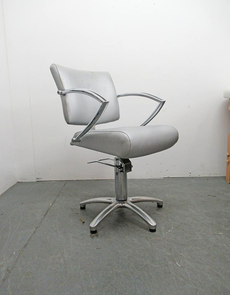 Used Salon Styling Chair - BE40B