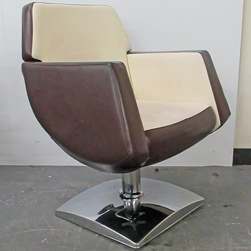 Used Lunar Pod Salon Styling Chair by Premier - BE93A