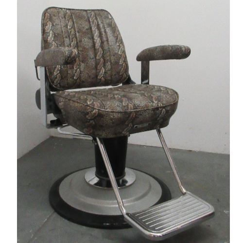 Used Sportsman barber Chair by Takara Belmont - BF09B-2