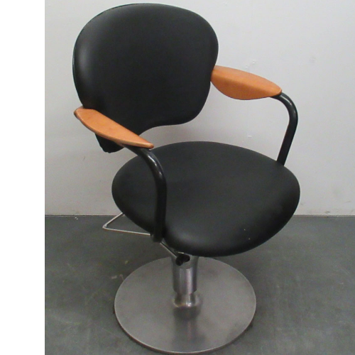 Used Styling Chair BF28C