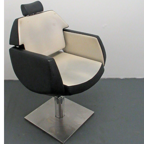 Used Black/White Salon Styling Chair  - BF34O