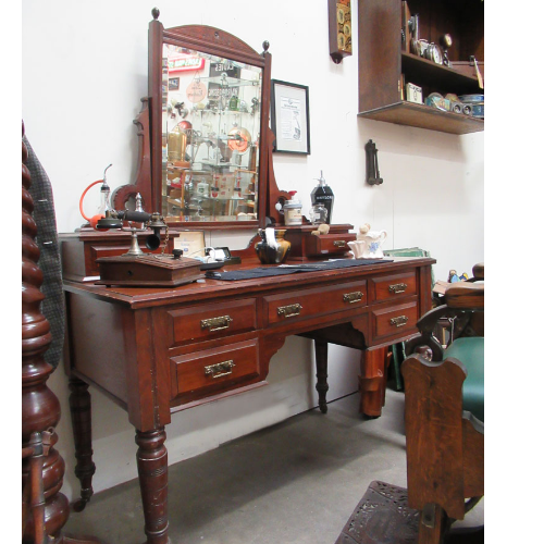 Vintage Victorian Solid Wood Unit VIN82A