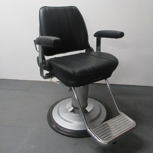 Used Sportsman Barber Chair by Takara Belmont - BF77A