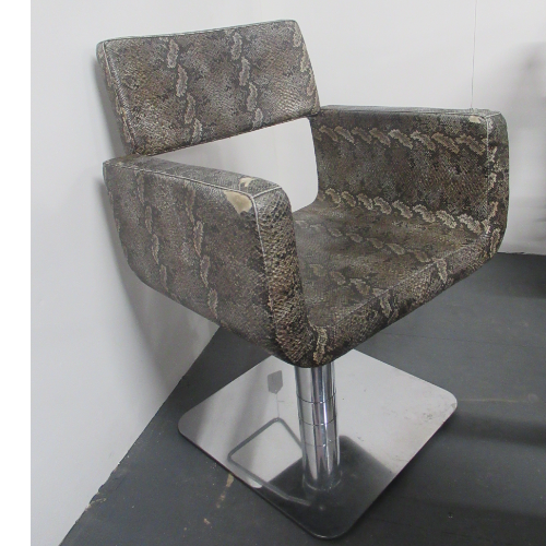 Used Snakeskin Salon Styling Chair - BG44A- GRADE 3