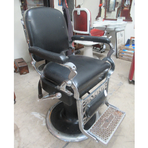 Antique Barber Chair VIN227B