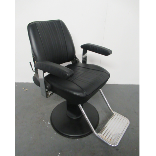 Used Sportsman Barber Chair by Takara Belmont BG56A- GRADE 3