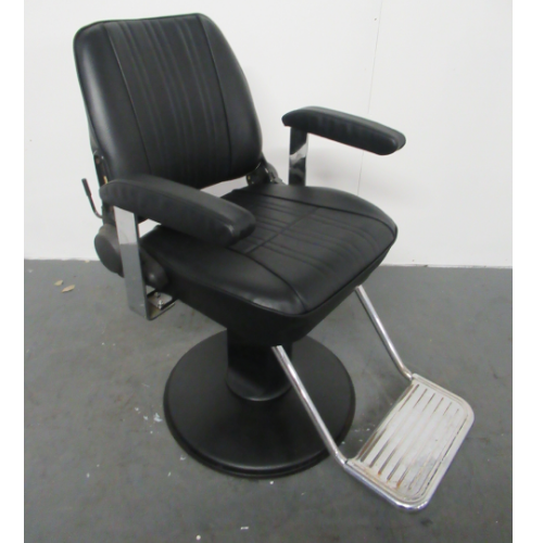 Used Sportsman Barber Chair by Takara Belmont BG56A- GRADE 1